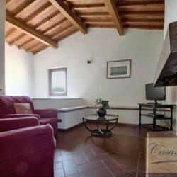 Auction Property | Breathtaking Estate Near Pescia 20