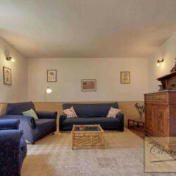 Auction Property | Breathtaking Estate Near Pescia 15