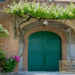 Auction Property | Breathtaking Estate Near Pescia 77