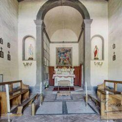 Auction Property | Breathtaking Estate Near Pescia 12