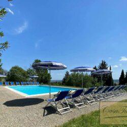 Auction Property | Breathtaking Estate Near Pescia 11