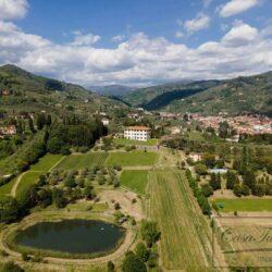 Auction Property | Breathtaking Estate Near Pescia 2