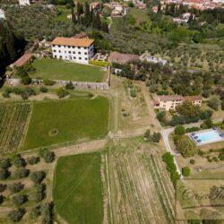 Auction Property | Breathtaking Estate Near Pescia 1