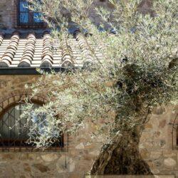 Beautifully Restored 13th Century Farmhouse 18
