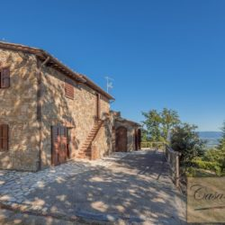 Cetona villa with Pool for sale in Tuscany (2)-1200