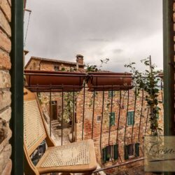 Character Property in Historic Cetona Centre 12