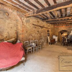 Character Property in Historic Cetona Centre 19