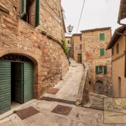 Character Property in Historic Cetona Centre 22