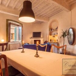 Character Property in Historic Cetona Centre 4