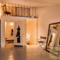 Character Property in Historic Cetona Centre 7
