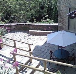 Copy of home-bagni-di-lucca-italian-holiday-letting-view-of-courtyard-from-swimming-pool-terrace-1317710