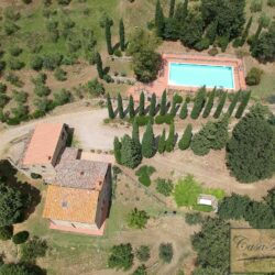 Two Chianti Houses with Annex + Pool 2