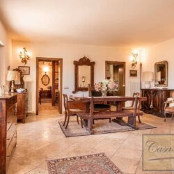 Farmhouse with Olives + Pool near Montepulciano 4