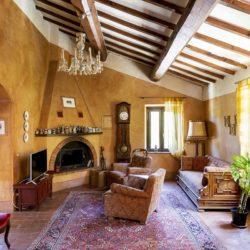 House with Pool for sale near Sarteano Tuscany (14)-1200