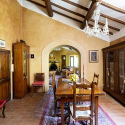 House with Pool for sale near Sarteano Tuscany (16)-1200