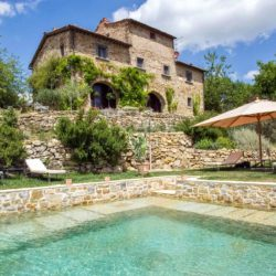 Chianti Farmhouse with Pool and 2 Hectares 1