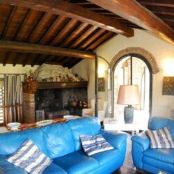 Montespertoli Restored Barn with pool (1)