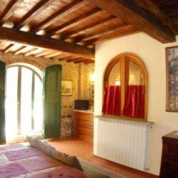 Montespertoli Restored Barn with pool (3)