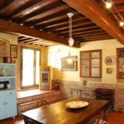 Montespertoli Restored Barn with pool (6)