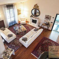 Penthouse Apartment with Terrace in Central Viareggio 11
