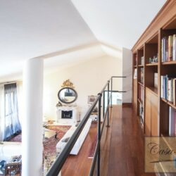 Penthouse Apartment with Terrace in Central Viareggio 15