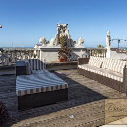 Penthouse Apartment with Terrace in Central Viareggio 17