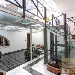 Penthouse Apartment with Terrace in Central Viareggio 25