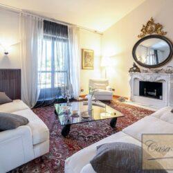 Penthouse Apartment with Terrace in Central Viareggio 29
