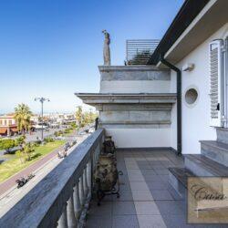 Penthouse Apartment with Terrace in Central Viareggio 4