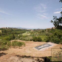 Prestigious Villa in Historic Lari 14