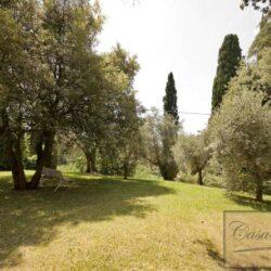 Prestigious Villa in Historic Lari 13