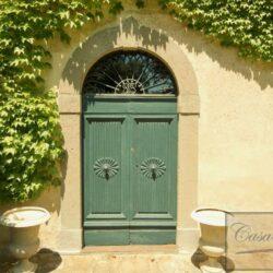 Renovated Prestigious Villa in Historic Lari 7