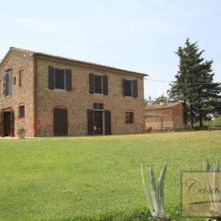 Renovated Renovated Peccioli Farmhouse with Pool and Loggia 56Farmhouse with Pool and Loggia 11