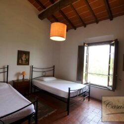Renovated Peccioli Farmhouse with Pool and Loggia 9