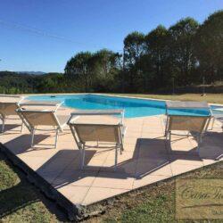 Renovated Peccioli Farmhouse with Pool and Loggia 35