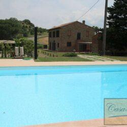 Renovated Peccioli Farmhouse with Pool and Loggia 53