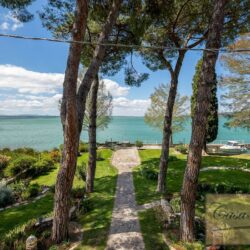 Waterfont Villa With Large Garden and Private Marina 18