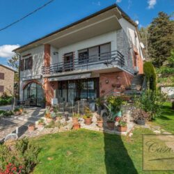 Waterfont Villa With Large Garden and Private Marina 28