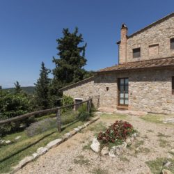 Apartment with Pool for Sale near San Gimignano image 42