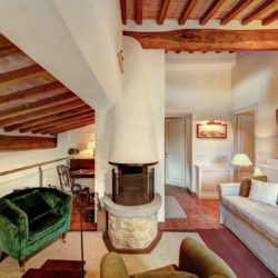 Apartment with Pool for Sale near San Gimignano image 16