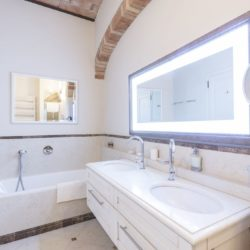 Apartment with Pool for Sale near San Gimignano image 26