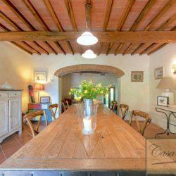 Tuscan Farmhouse with Pool for sale near Panzano in Chianti (10)