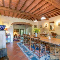 Tuscan Farmhouse with Pool for sale near Panzano in Chianti (11)