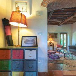 Tuscan Farmhouse with Pool for sale near Panzano in Chianti (12)