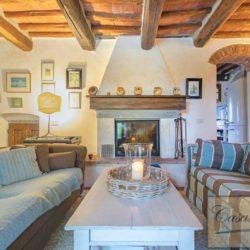 Tuscan Farmhouse with Pool for sale near Panzano in Chianti (17)