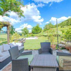 Tuscan Farmhouse with Pool for sale near Panzano in Chianti (47)