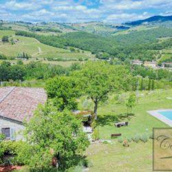 Tuscan Farmhouse with Pool for sale near Panzano in Chianti (6)