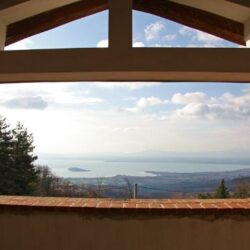 Umbrian Lake View House for Sale (1)