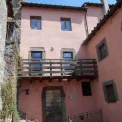 V1910 Tuscan Village House for sale (4)-1200