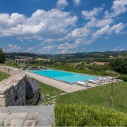 V2183C Umbrian property near Todi for sale (14)